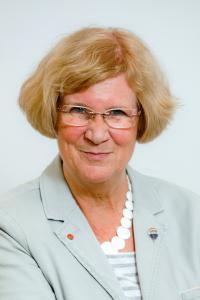 Annelie Isensee, Isensee Immobilien